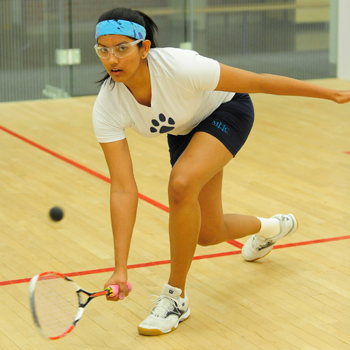 Squash Falls to Middlebury in First Outing of New Year