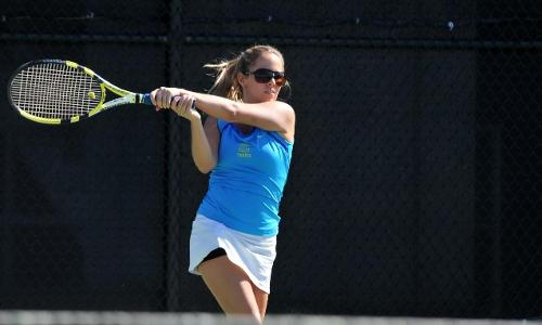 Women's Tennis Top Anna Maria 7-2