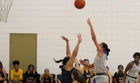 Women's Basketball Falls on Road at Concordia