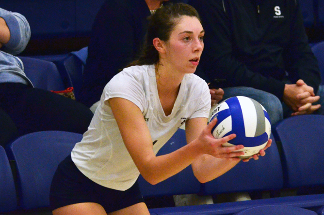 Women's Volleyball Splits at Northwest PA Challenge