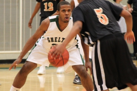Hurricanes add guard from Shelton State
