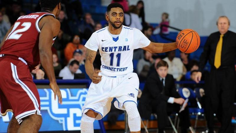 Men's Hoops Picks Up First Win at NJIT