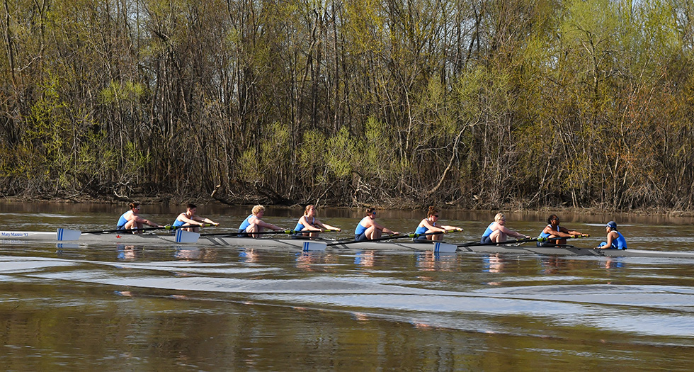 Rowing Finishes 4th at 2017 NEWMAC Championship