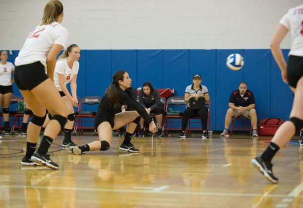 Women's Volleyball Looks to Conference Play After Fisher Tournament Completion