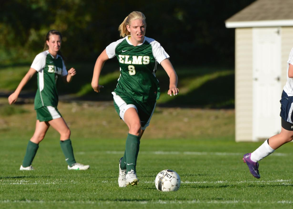 Women's Soccer Downs Daniel Webster College, 7-1