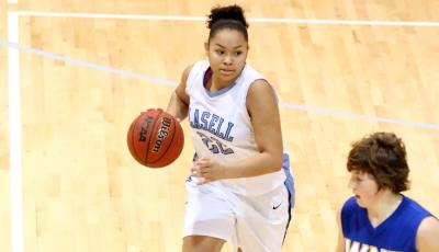 Lasell Falls to Johnson and Wales in Women's Hoops Action