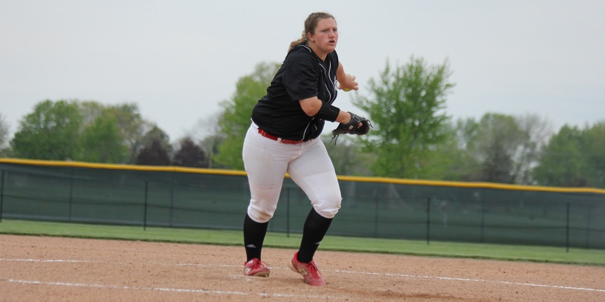 Samantha Eubanks earns a win in game one of the WHAC Tournament (Photo Courtesy of Lourdes Sports Information Department