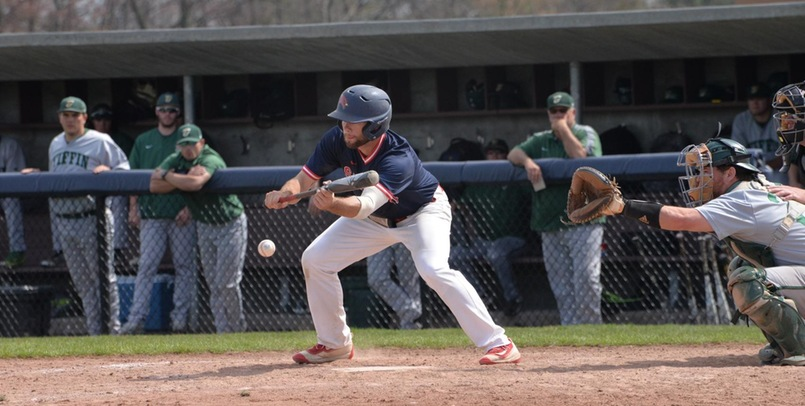 Baseball Finishes Spring Trip With Weekend Split Against Charleston