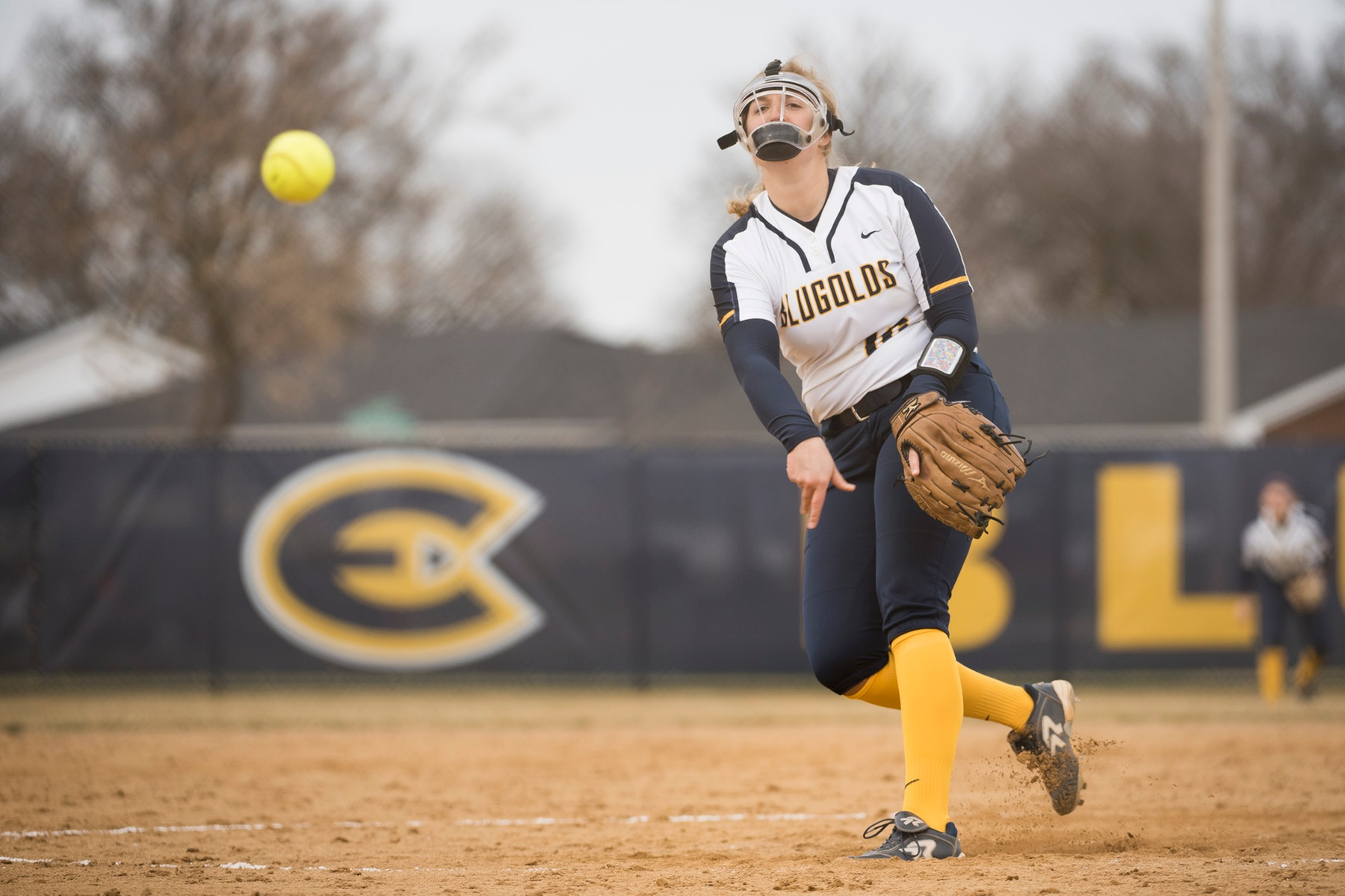 Blugolds Softball makes it four straight with sweep of St. Scholastica