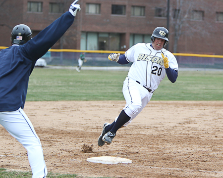 Gallaudet drops a non-conference doubleheader to Salisbury