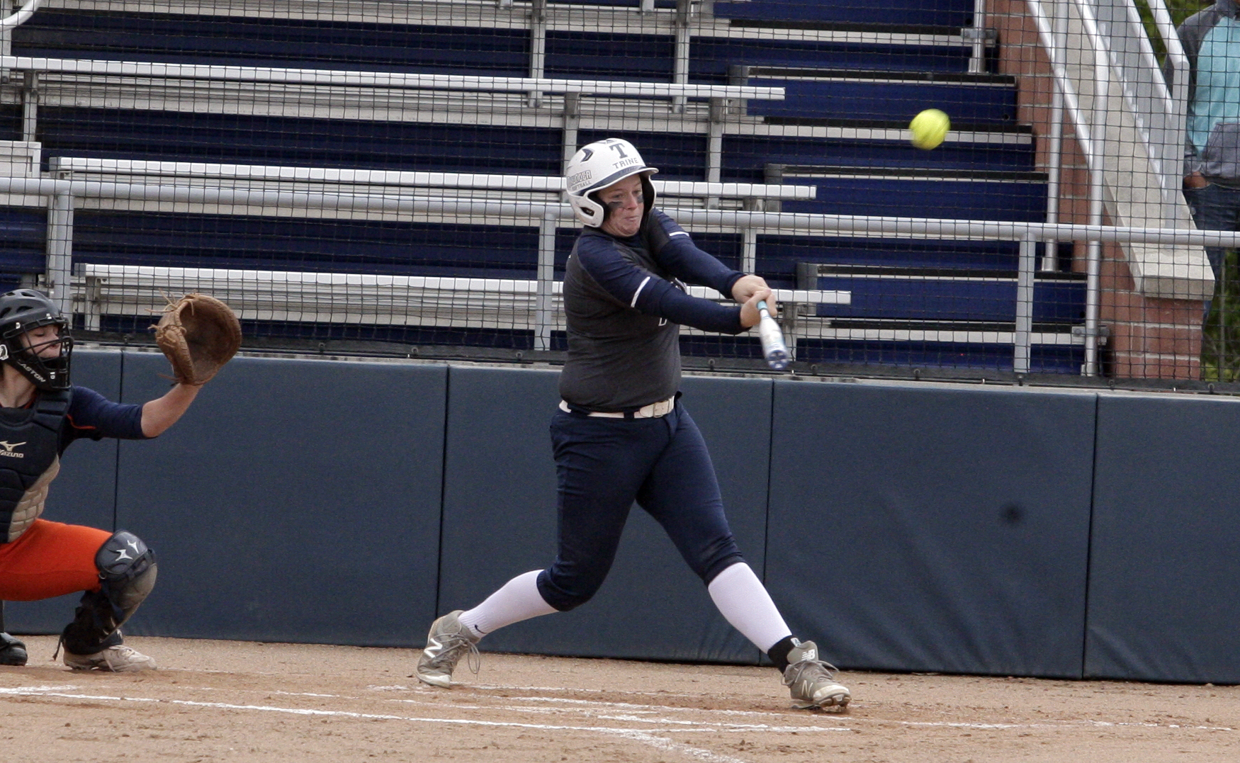 Thunder Split on Opening Day of MIAA Tournament