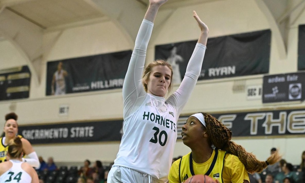 NICHOLAS COLLECTS CAREER-HIGH SEVEN BLOCKS AS HORNETS DEFEAT WEBER STATE ON THE ROAD