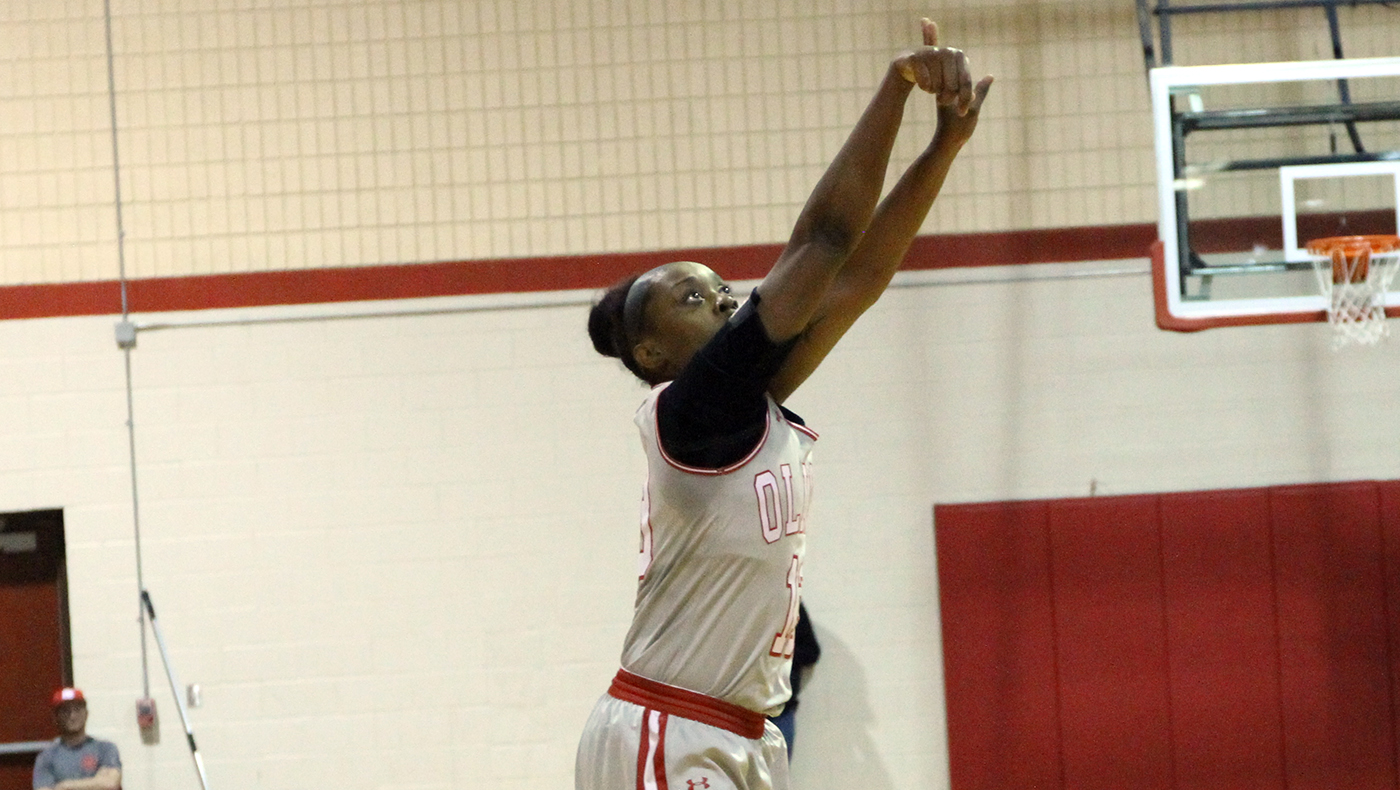 Women's basketball team falls to Albion, 78-63