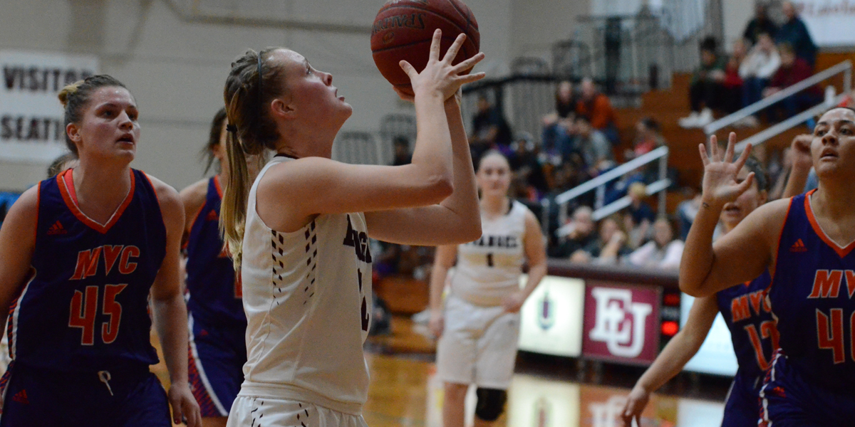 Women's Basketball Hosts College of the Ozarks Tuesday Night