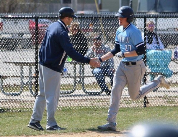 Westminster Baseball Splits With Fontbonne