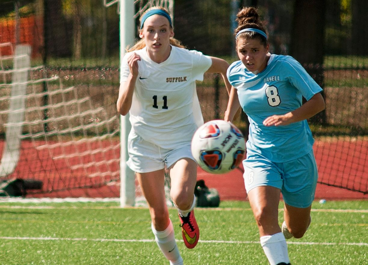 Women's Soccer's Offensive Onslaught Stumps Wheelock, 9-0