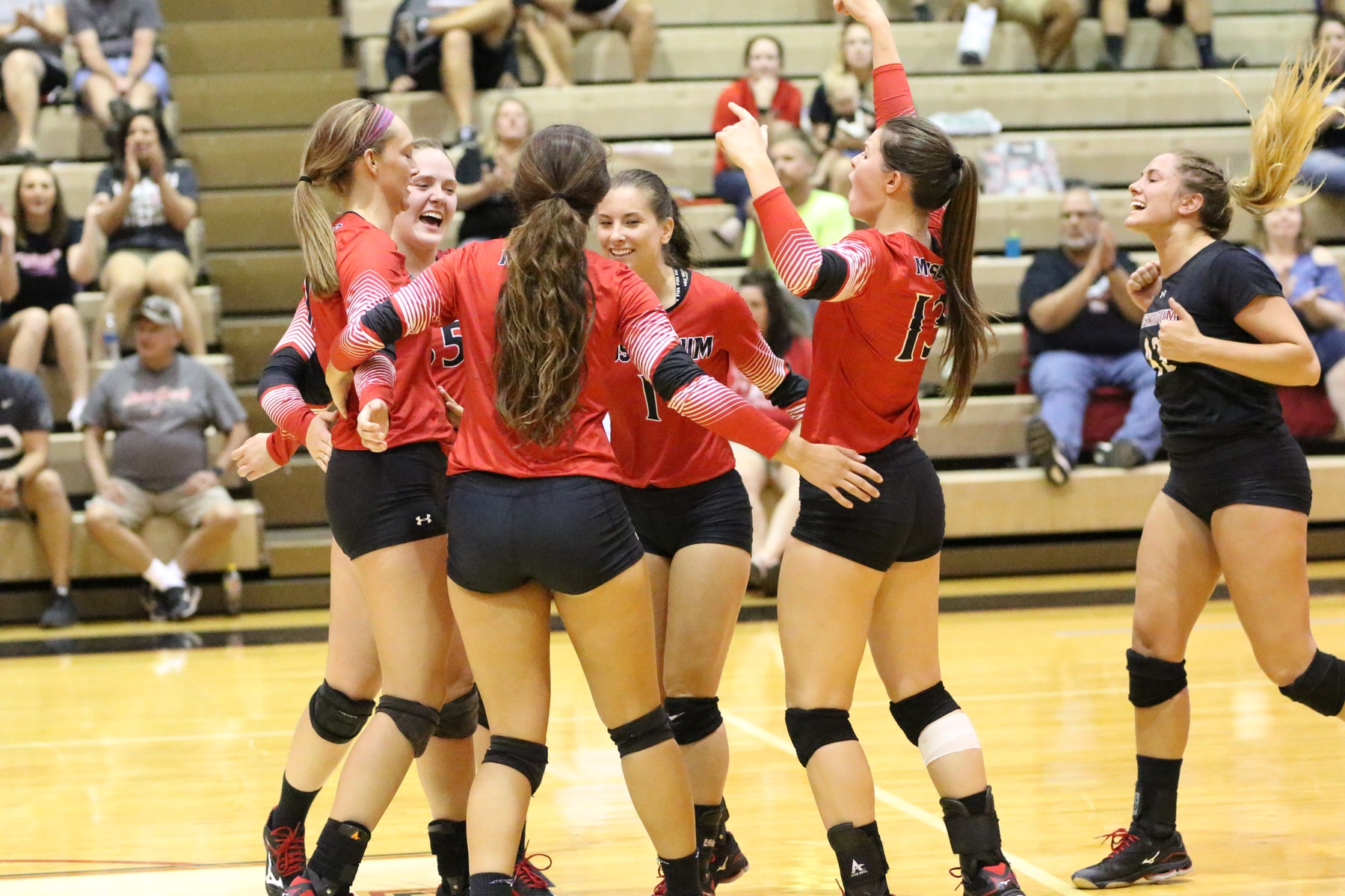 Volleyball Dominates at Rival Marietta