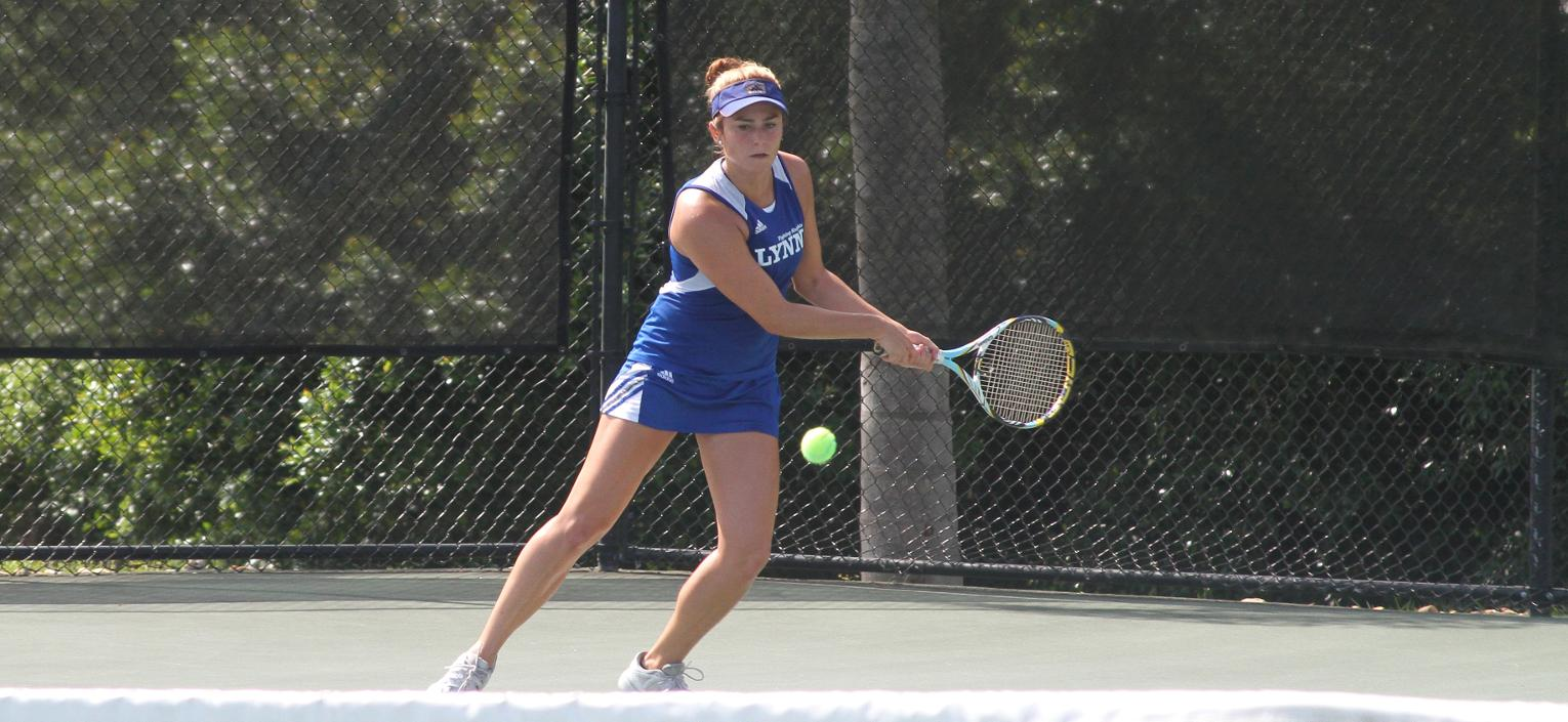 Sixth-ranked Women's Tennis Falls in SSC Semifinals to Rival Barry