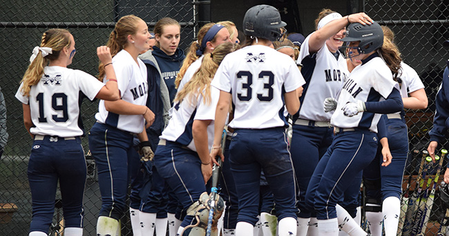 The Greyhounds celebrate a home run by Lauren Goetz '20 during the 2017 season at Blue & Grey Field.