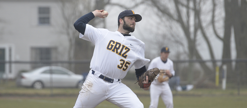 RECAP | Grizzlies Sweep Defending Conference Champion Earlham on Saturday