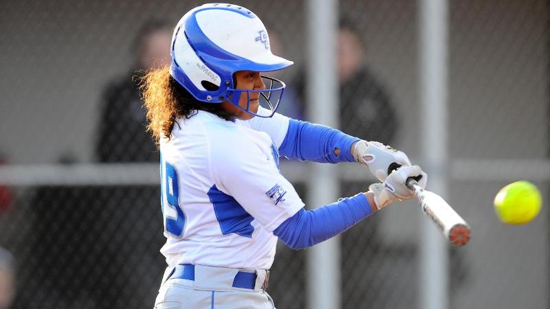 Softball Closes Tournament with Loss to Oakland