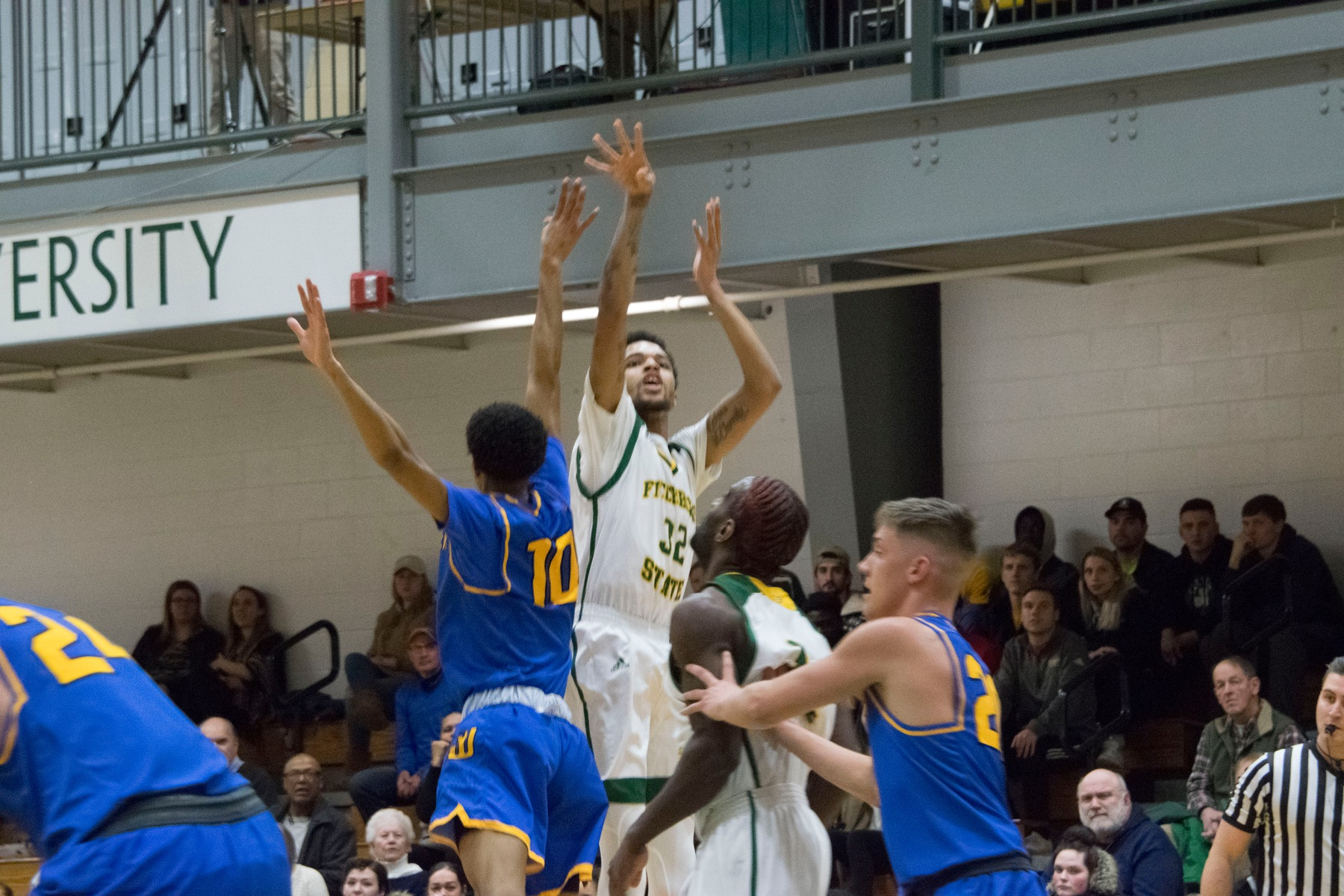 Falcons Soar Past Lancers in MASCAC Quarterfinal Action, 67-55