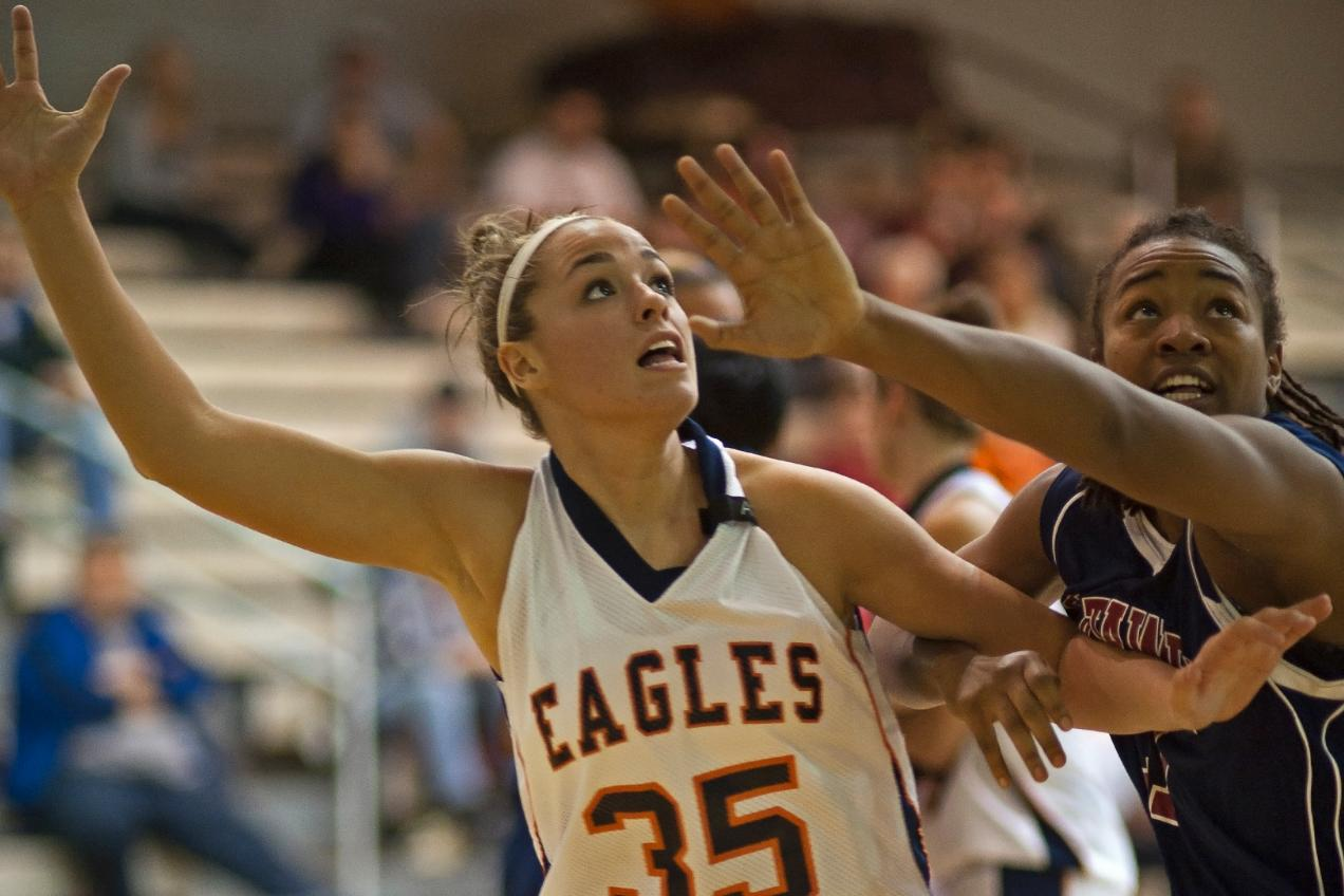 Lady Eagles roll past Catawba, 70-56