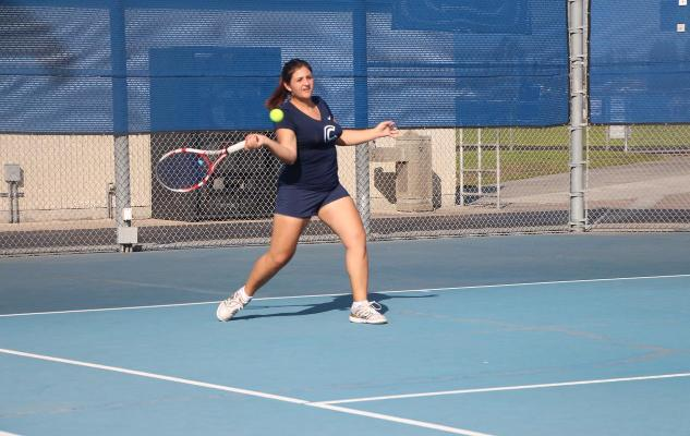 Women's Tennis Wins Second Straight, Defeats Rio Hondo 9-0