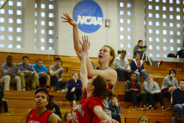 Lynchburg Women Roll to 67-34 win over Shenandoah