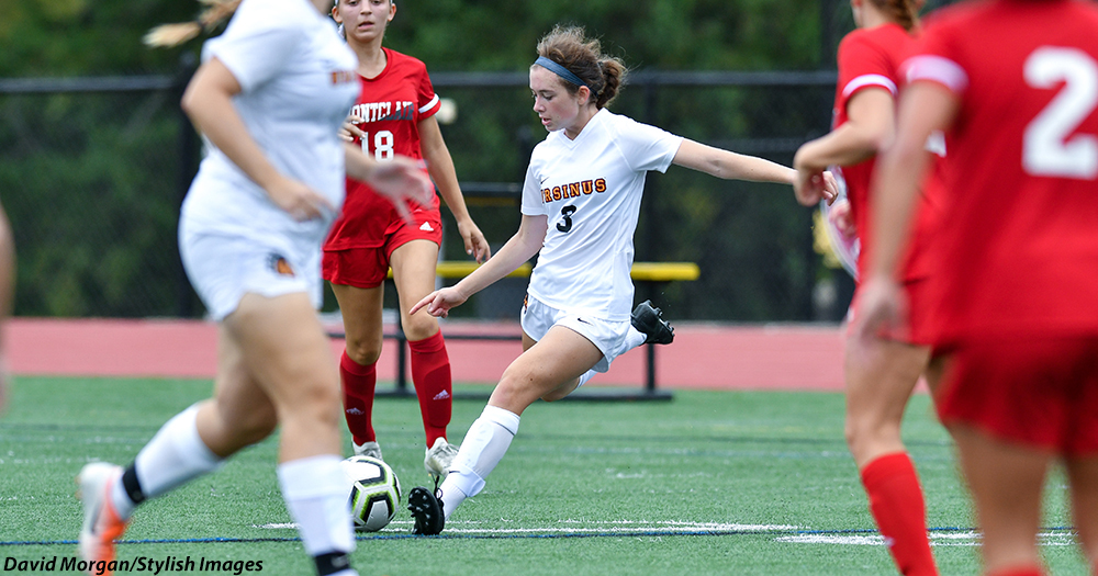 Women's Soccer Falls 3-0 in Season Finale to Bryn Mawr