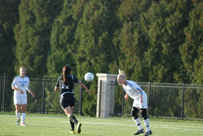 UW-O defeats CUW 3-2 in women's soccer