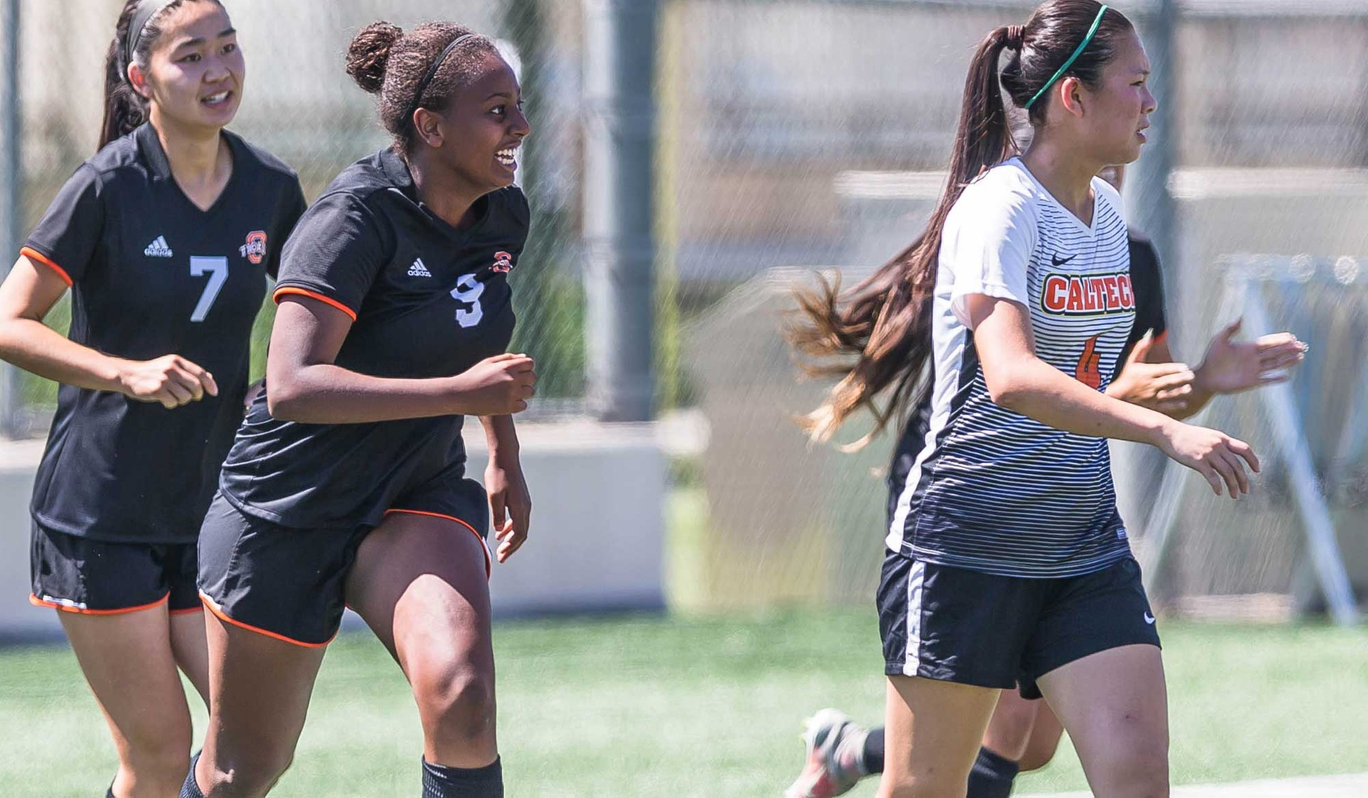 Oxy Women's Soccer Wins at Caltech