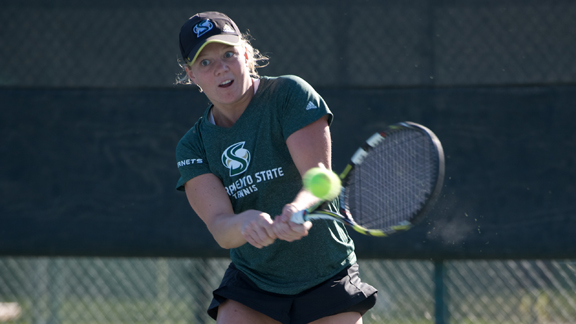WOMEN'S TENNIS TOPPED BY #55 FRESNO STATE 6-1