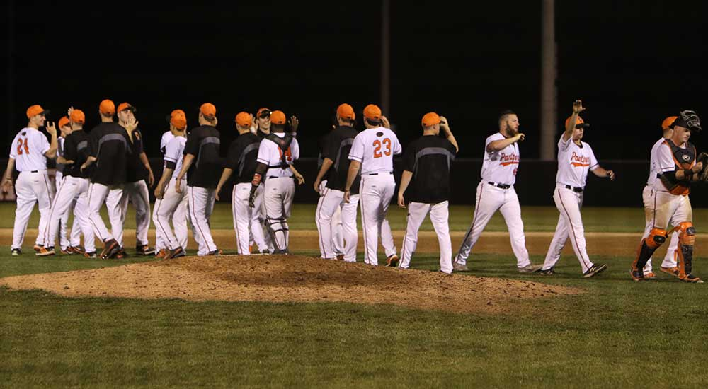 Baseball records come-from-behind win over Framingham State
