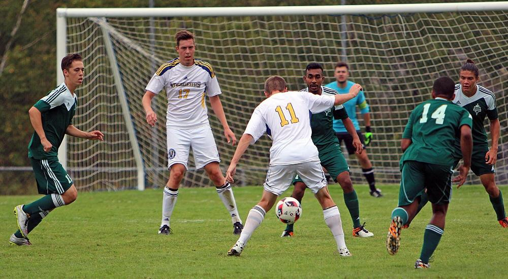 MSOC | Voyageurs Fall to Defending East Champs to Open 2017