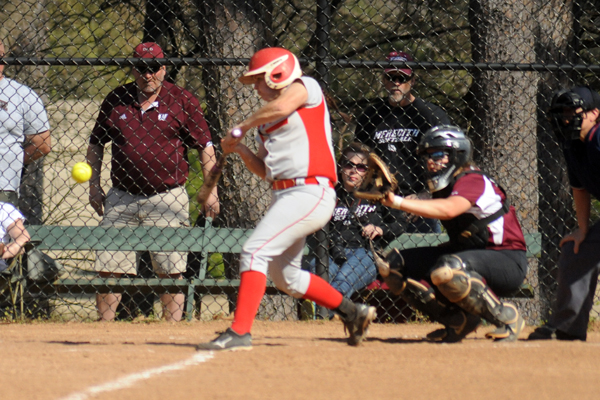 Huntingdon softball splits with Avenging Angels