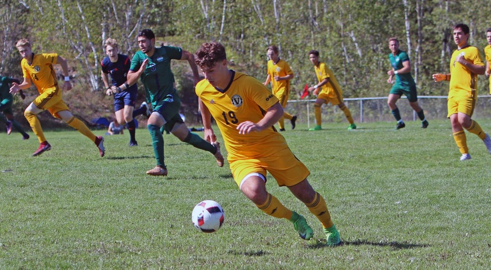 MSOC | Gaels Score Late, Voyageurs Lose in Heart-breaker