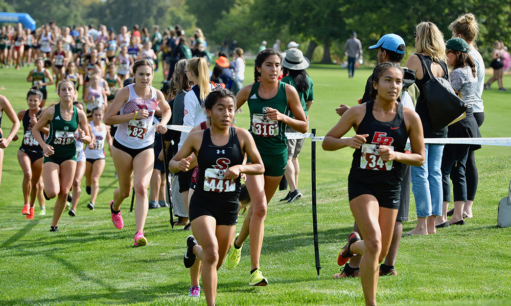 QUINONES FINISHES SECOND TO LEAD CROSS COUNTRY AT CAPITAL CROSS CHALLENGE