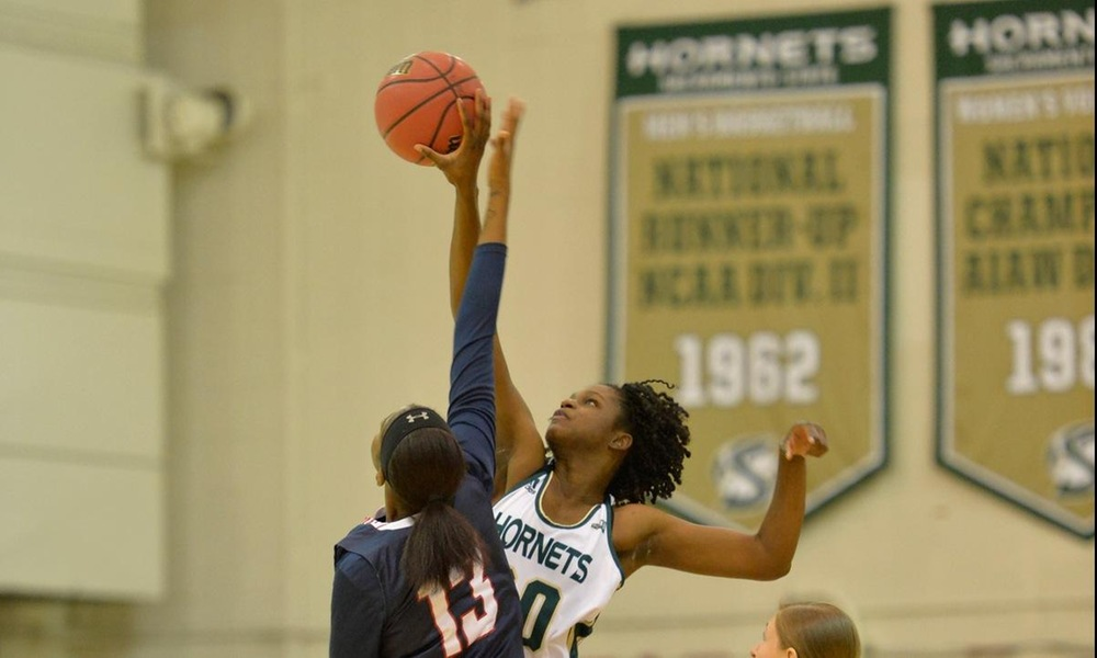 WOMEN'S HOOPS GETS MULTIPLE STRONG PERFORMANCES IN 95-62 WIN OVER ANTELOPE VALLEY IN HOME OPENER