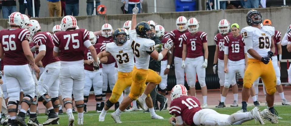 Football Takes HCAC Lead with 42-35 Win at Rose-Hulman