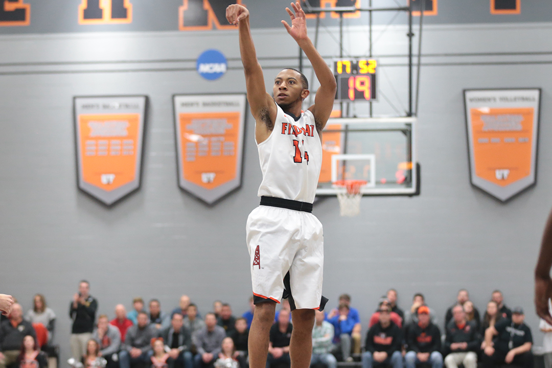 Oilers Cruise to 92-55 Win at Lake Erie