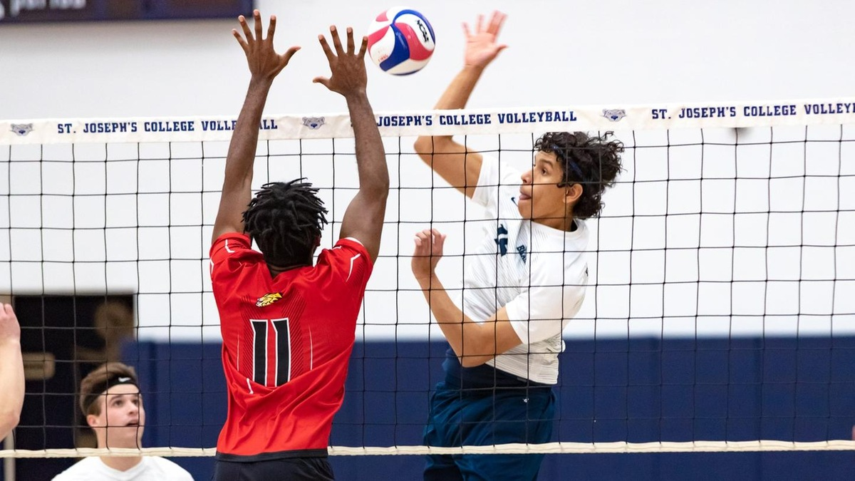Men's Volleyball Rallies Past Yeshiva in Five-Set Marathon in Skyline Opener