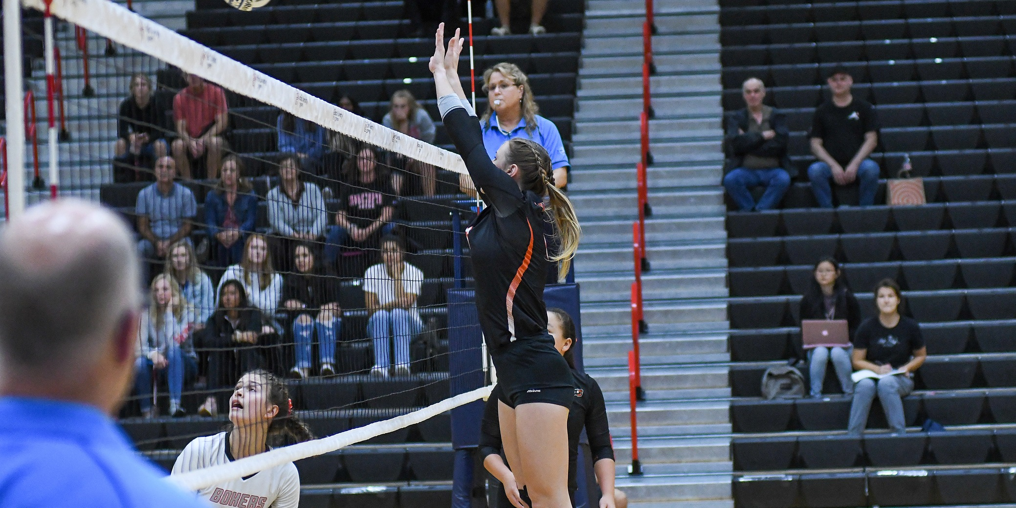 Lewis & Clark takes opening set in loss to NWC leader