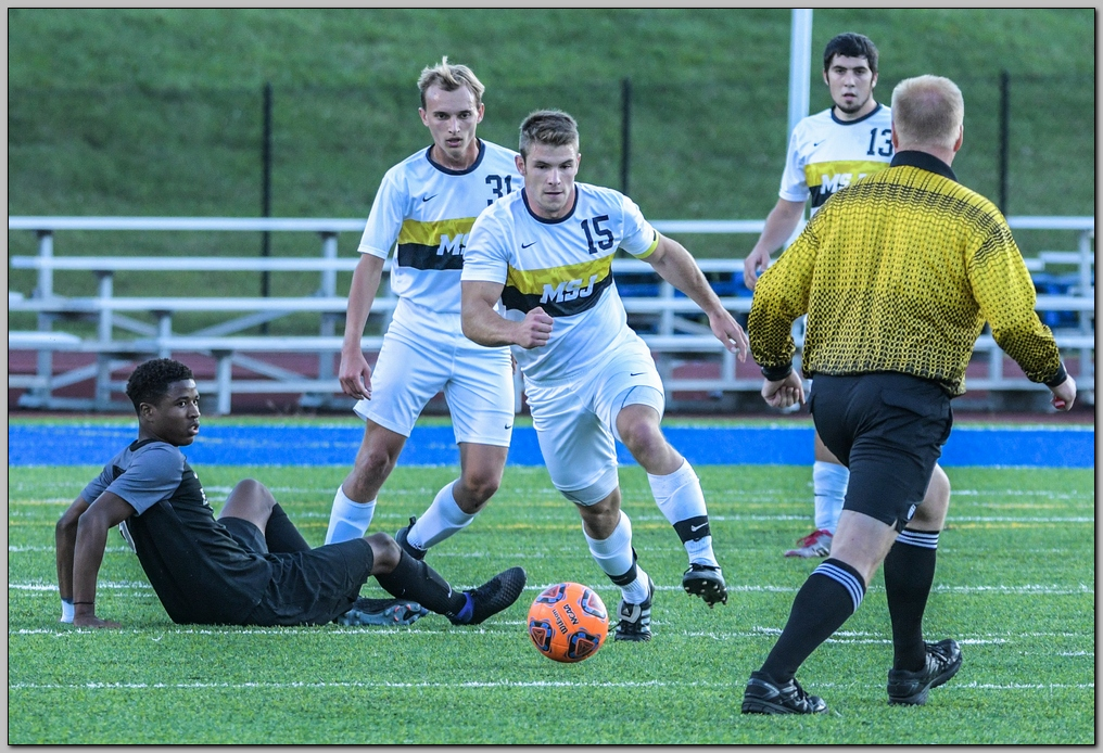 Lions drop away match against Franciscan