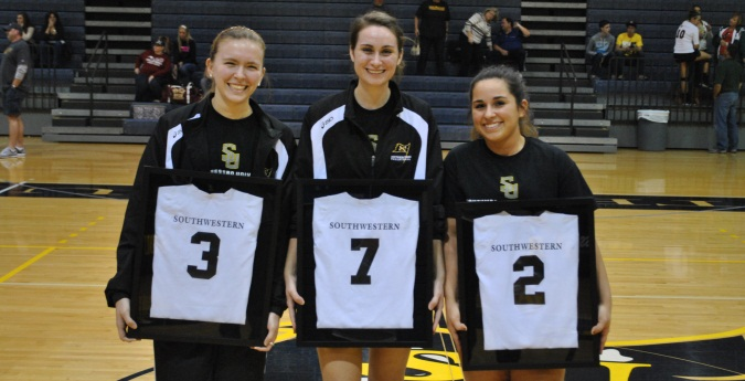 Volleyball Ends Regular Season with Pair of Wins on Senior Day