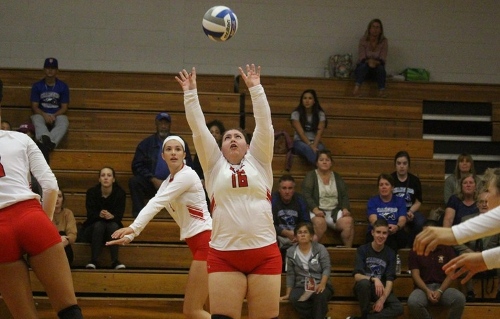 Women's Volleyball Downed by Colby-Sawyer 3-1