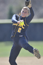 Softball Splits Doubleheader with Boston University