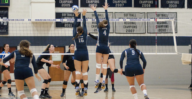 Volleyball Falls Short in Landmark Semifinals to Catholic