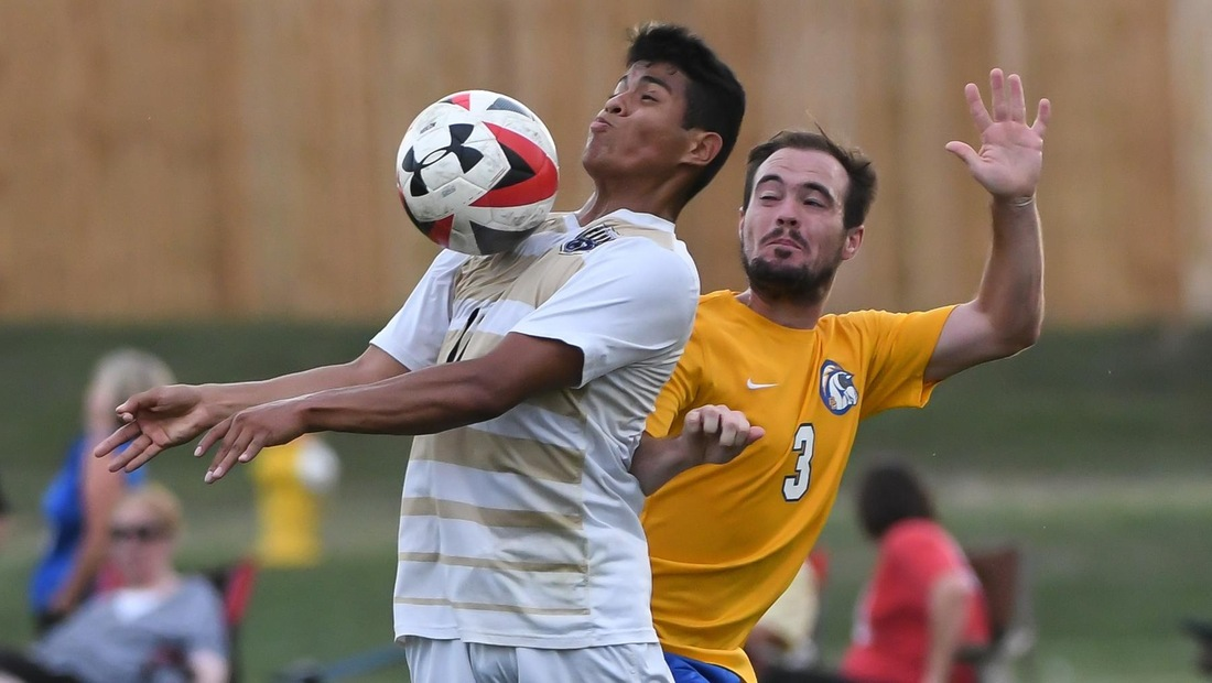 Edgar Guzman scored off a set piece for the second-straight game to see Bellevue past Morningside, 1-0, on Saturday