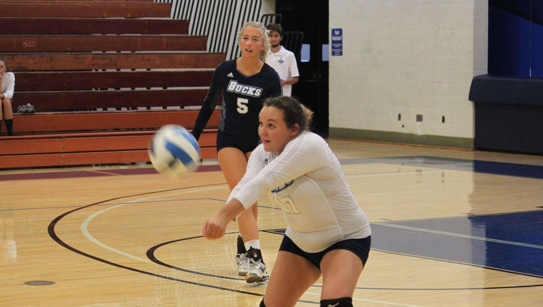 Volleyball Sweeps Luzerne on Sophomore Night